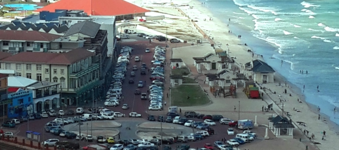 Progress on Surfers Corner Traffic Circle | 22 March 2015